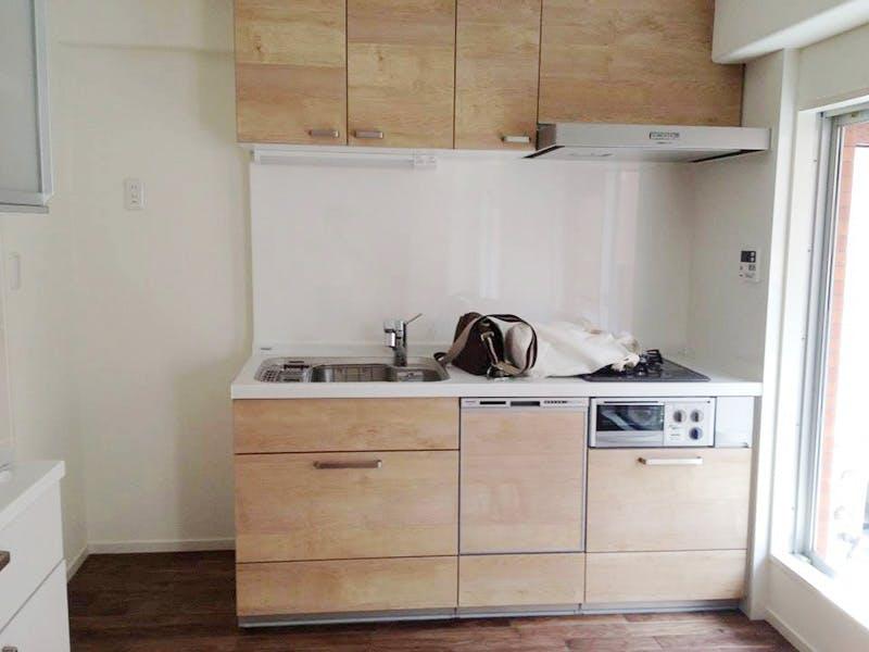 リフォームしたキッチン周りにも天然木材をご採用頂きました!