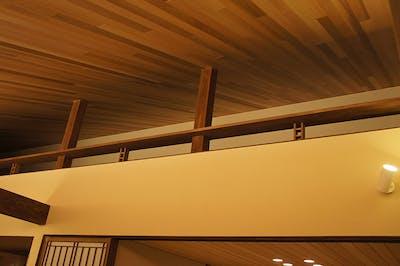 レッドシダー羽目板(無節) 施工事例