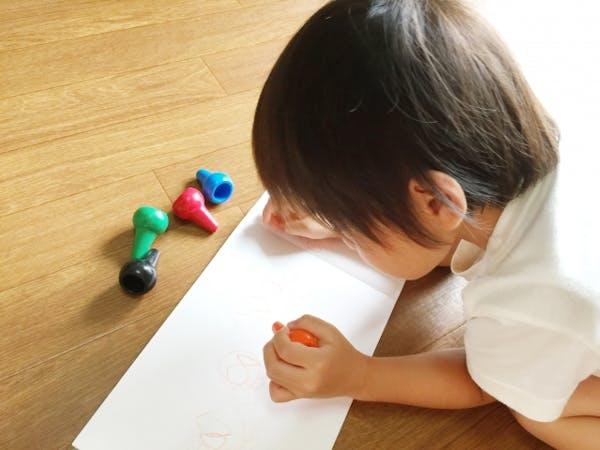 子供部屋の床材には無垢フローリングが最適